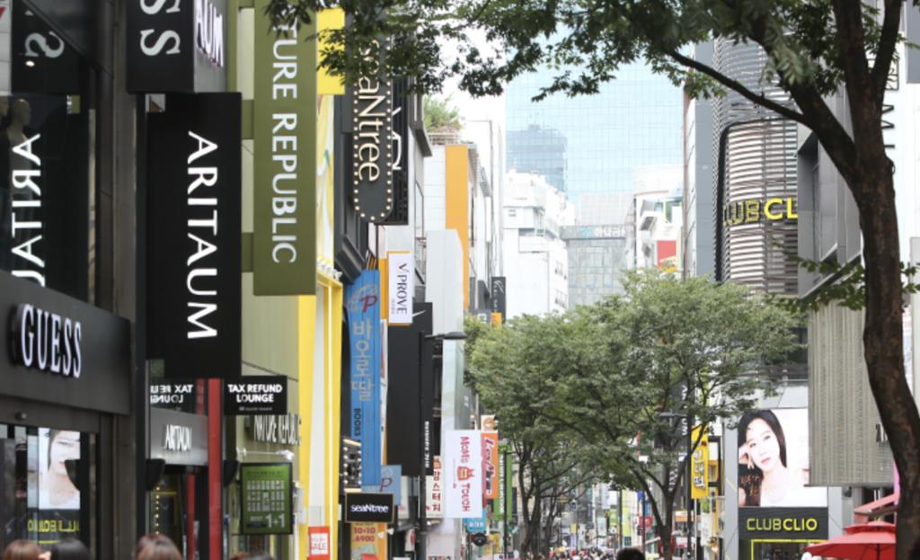 韓国のコスメ通り